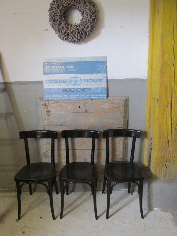 Zwarte cafe stoel