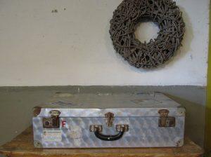 Vintage aluminium koffer 69.5 x 40.5 cm (f)