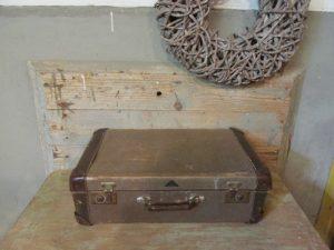Oude vintage bruine koffer, 56 x 34 cm