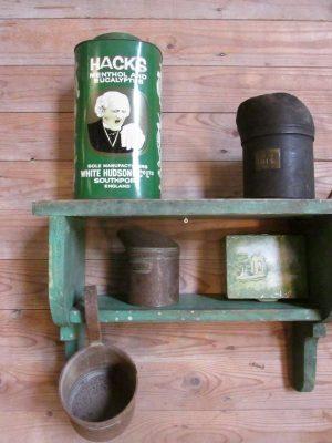 Oude groene console / rekje