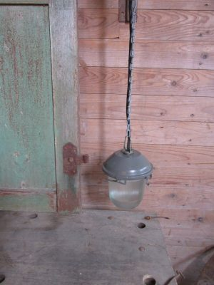 Industrieel hanglampje, metaal met glas,grijs
