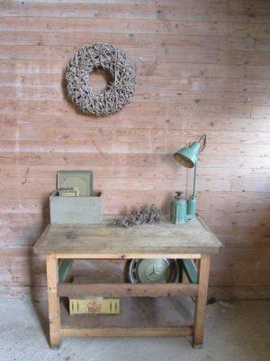 oude houten werkbank beuken blad