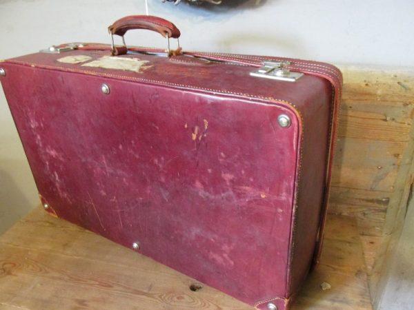 Oude leren koffer, 71 x 42.5 cm