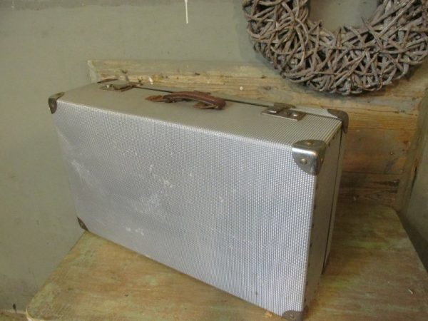 Aluminium oude koffer, 65 x 39 cm