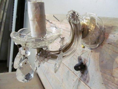 Oude kristallen wandlampje