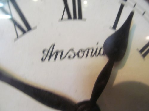 Antieke ronde klok