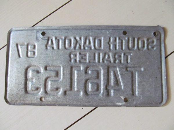 Oud kentekenplaat uit 1987, trailer