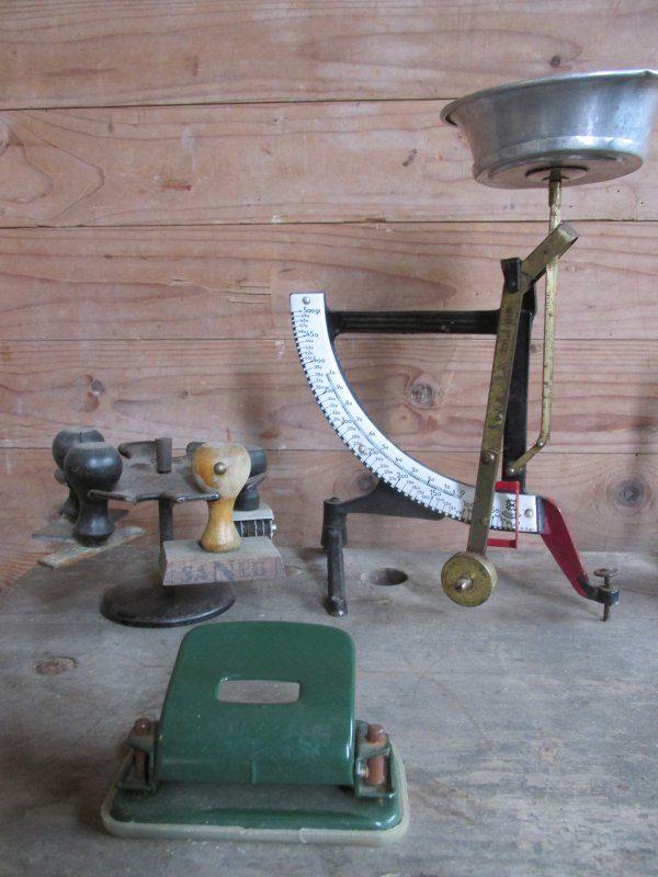 Oude groene perforator Leitz