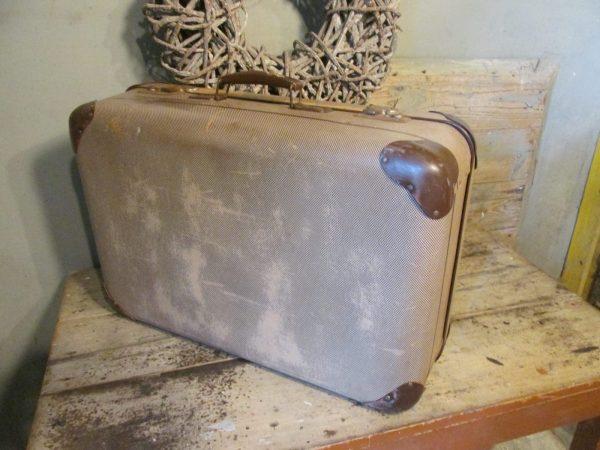 Oude koffer in het bruin tweed 60 x 40 cm