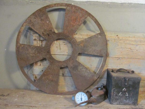 oud-indutrieel-ventilator