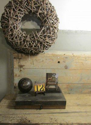 oud-kistje-schoenmaker-inhoud