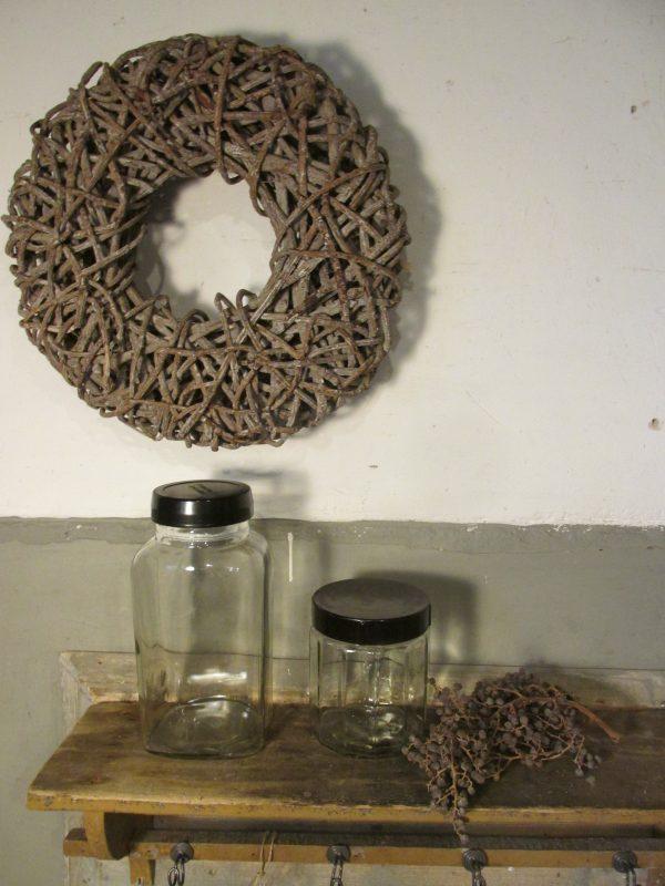 Oude Tonnema snoeppot in glas met zwart deksel