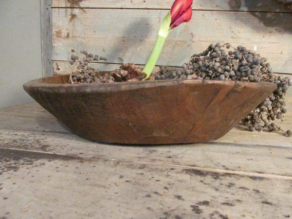 Sobere houten ronde schaal