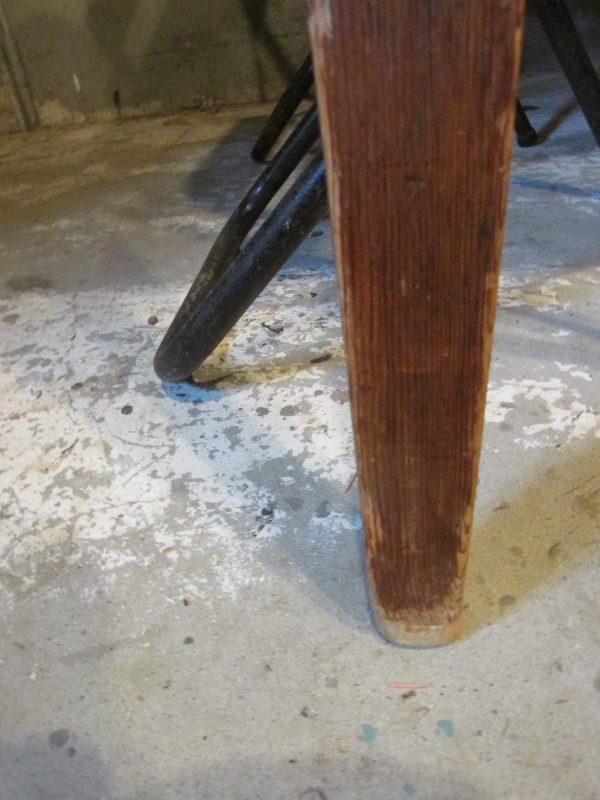 Oude grenen tafel als eettafel of werktafel