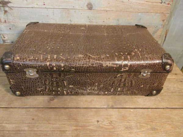 Oude koffer, croco 55x 34 cm