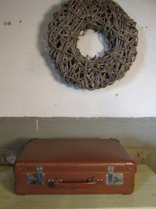 Oude koffer in cognac 45.5 x 28 cm