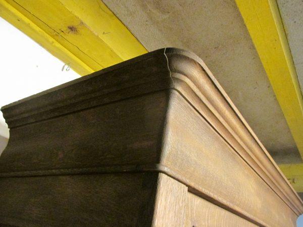 Sobere antieke kast, demontabel ook voor je tv