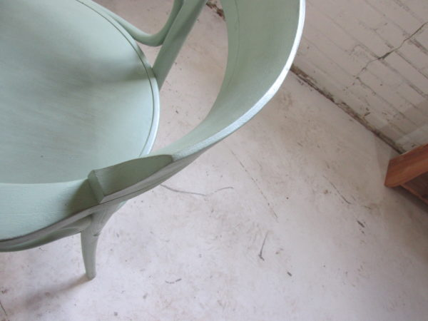 Houten stoel met armleuning, naar model 233 van Thonet, Old grass