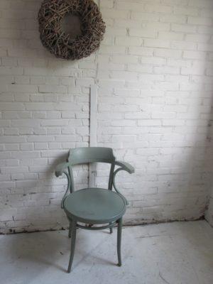 Houten stoel met armleuning, als model Thonet 233, Reseda