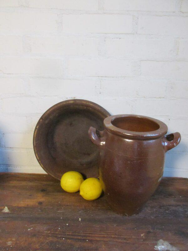 Kleine oude Franse bruine grespot 25.3cm