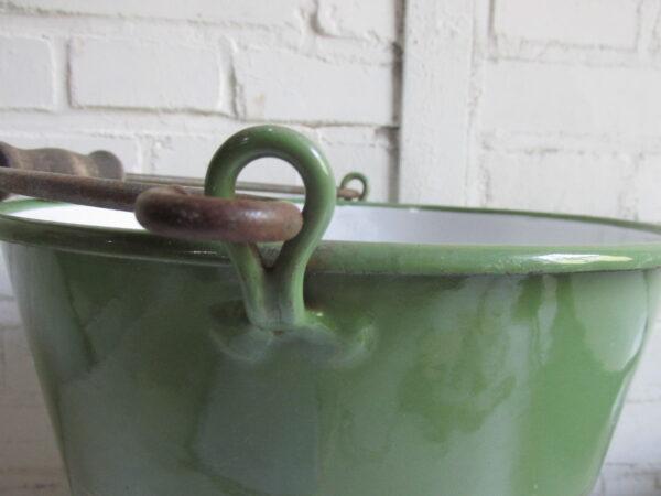 Emaille groenten emmer, BK in Reseda met zilverbies