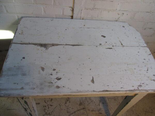 Brocant oud wit tafeltje als bijzetter