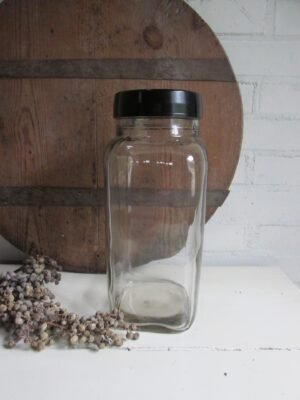 Oude glazen Tonnema snoeppot