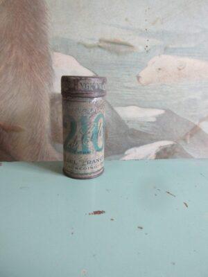 Oud blikje eau de cologne 210