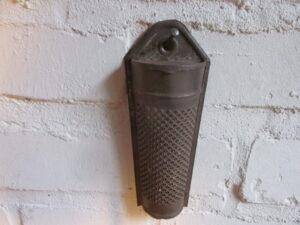 Oude kleine metalen rasp