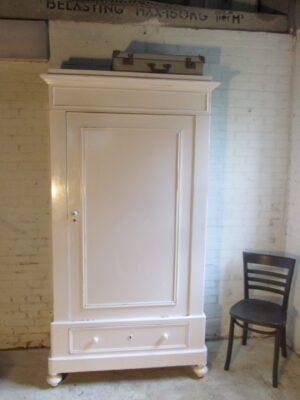 Brocante ondiepe 1 deurs kast, wit en demontabel