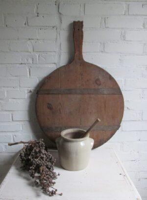 Oude Franse gres pot in beige met oren