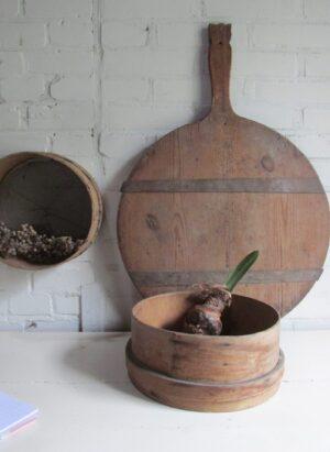 Oude houten meelzeef, 27.5 cm doorsnede