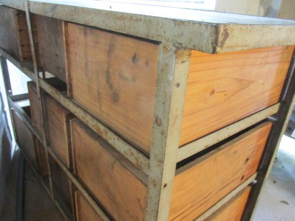 Industrieel ladekastje, hout met staal