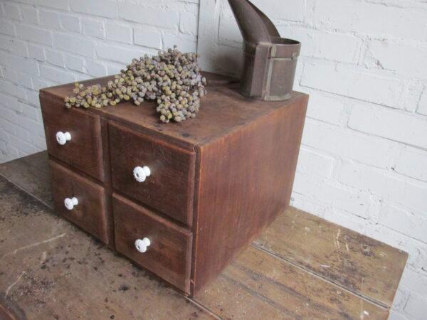 Vintage archiefkastje met 4 lades van eiken