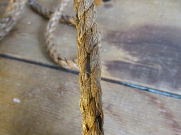 Oude turn ringen met touwen
