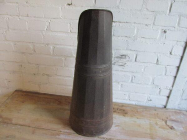Oude grote kolenkit