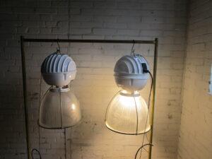 Industriële lamp van metaal en glas, 9 op voorraad