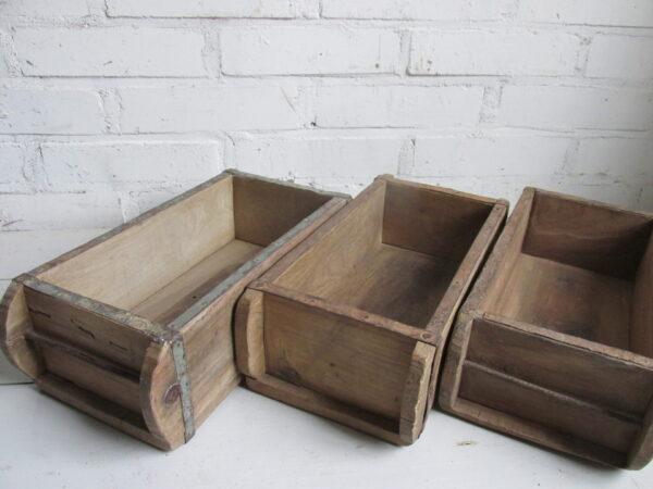 Oude steenmal van teak hout (3 op voorraad)