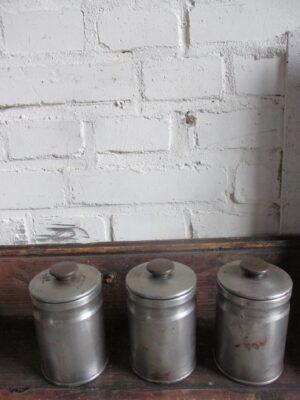 Vintage aluminium kruiden busje (3 voorradig)