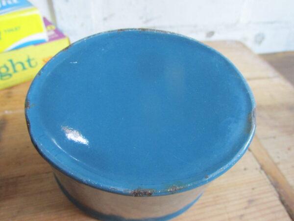 Emaille zeepkop, Petrol blauw met goudbies