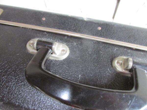 Oude zwarte koffer 55 x 35 cm