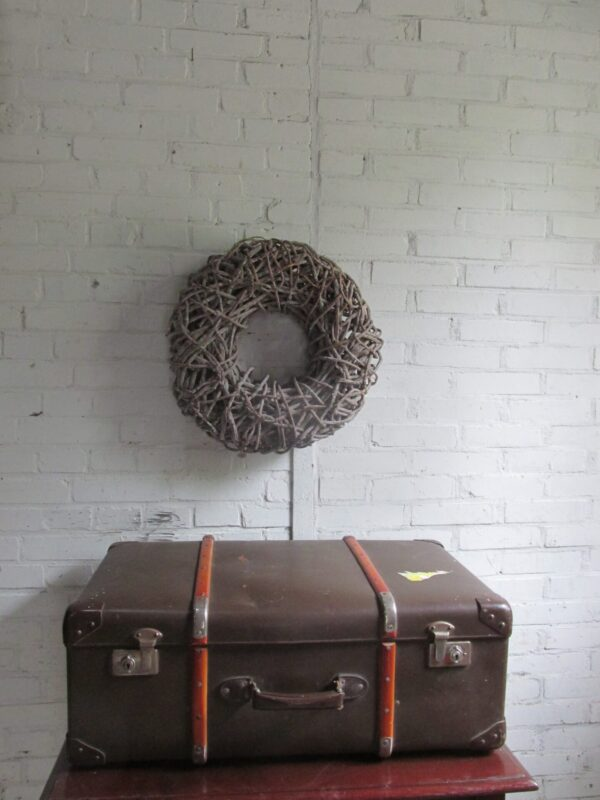 Grote oude koffer met houten baleinen, 76 x 49 cm