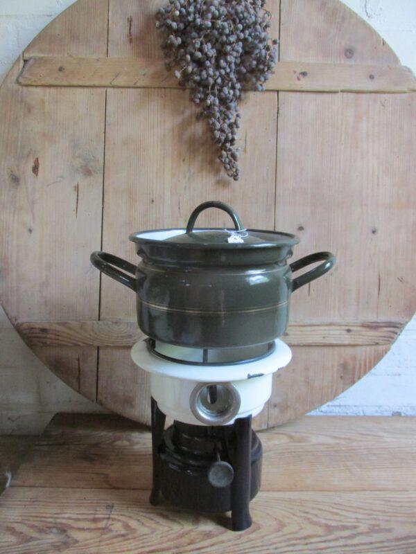 Emaille petroleumstel zwart crème met 1 pit.