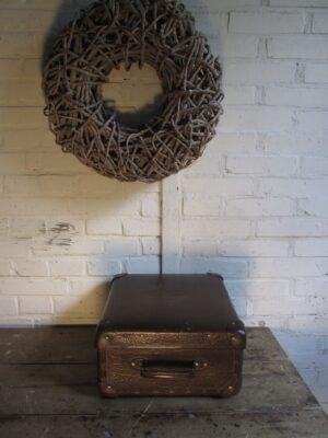 Oude bruine Agfa koffer 36 x 33.5 cm