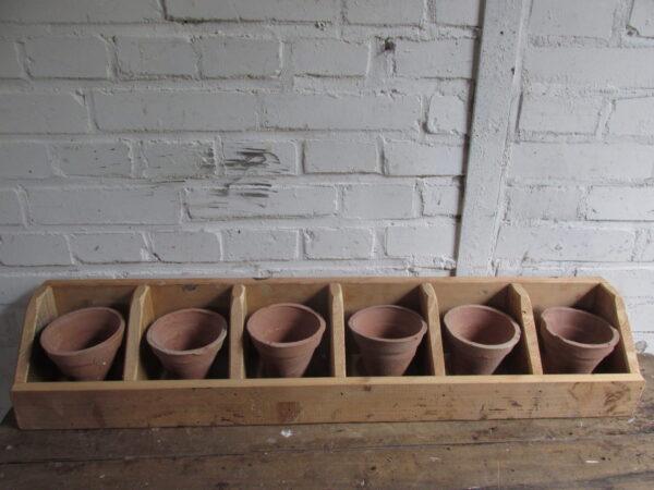Terracotta potjes, 6 op voorraad