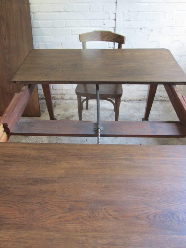 Antieke eiken slinger tafel, Engels op wielen