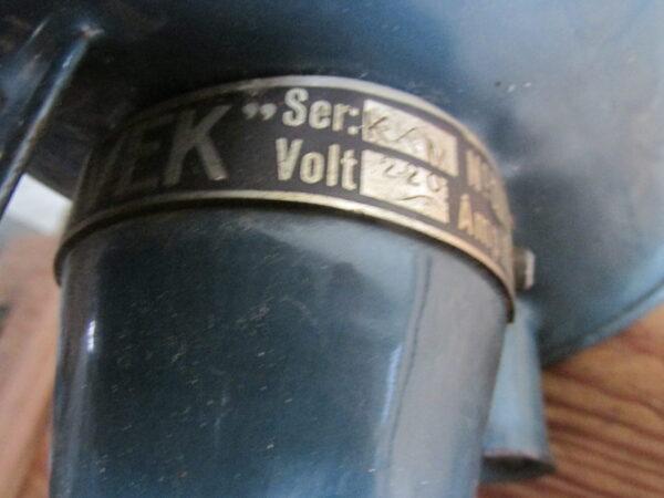 Oude elektrische emaille melkkoker van merk Havek