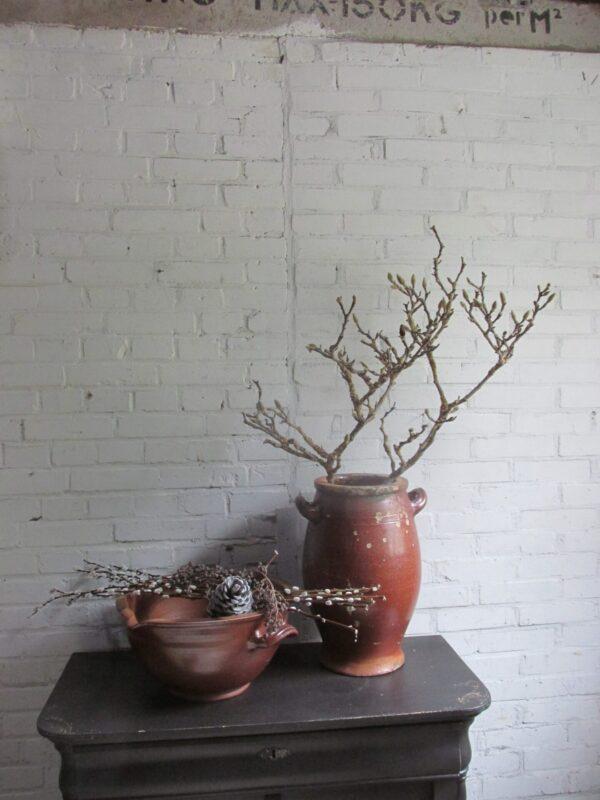 Oude afroom schaal van aardewerk