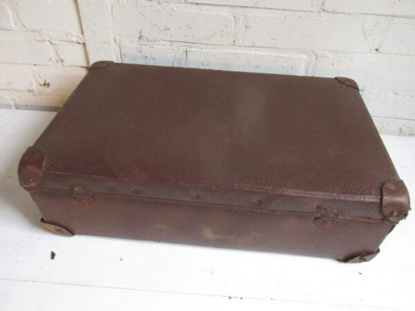 Oude kleine bruine koffer 45.5 x 30 cm