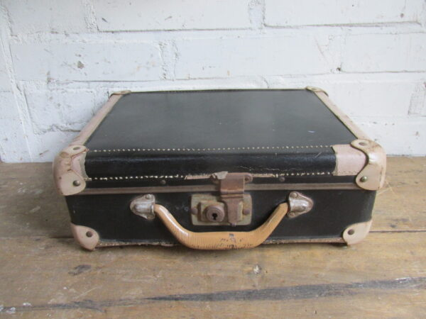 Oude kleine zwarte koffer 30.5 cm x 23 cm